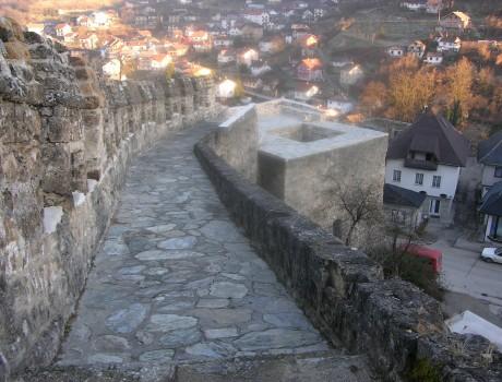Jajce stadsmur och tornet Papas kula / Jajce Fortification Walls and the Tower of Papas Kula, Bosnia Herzegovina