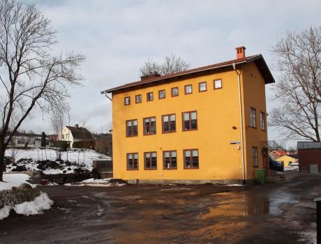 Ombyggnad av vattenreningsverk till bostäder/Rehabilitation of a waterpurification station to housing, Skövde, Sweden