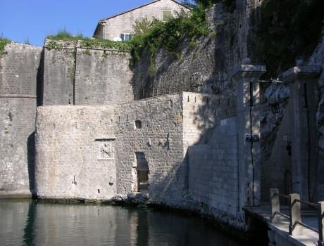 Södra stadsporten / Southern Gate, Kotor, Montenegro